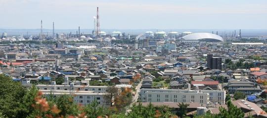 垂坂公園から四日市港全景-thumb-540x240-374